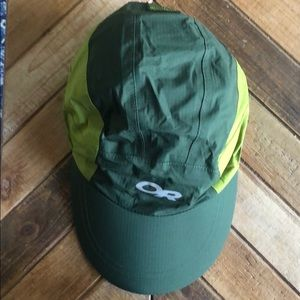 Outdoor research wind/running hat